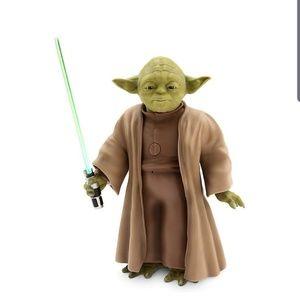 BRAND NEW- Star Wars Yoda Talking Figure - 9 Inch
